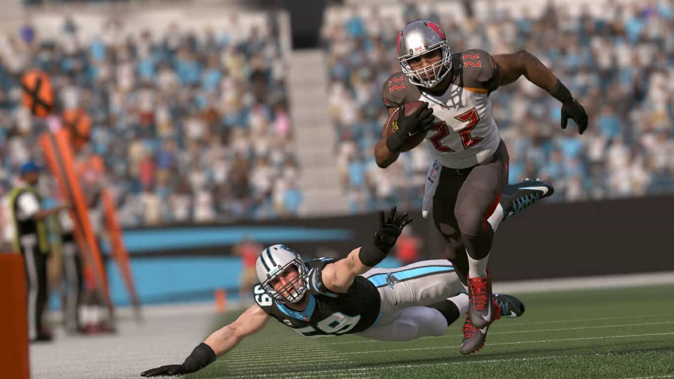 Madden NFL 17 on Xbox One