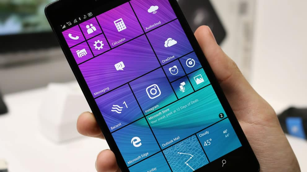 Windows 10 Mobile news recap: Creators Update compatibility