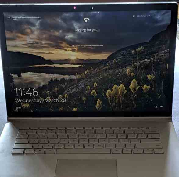 how to start windows 10 in safe mode without keyboard