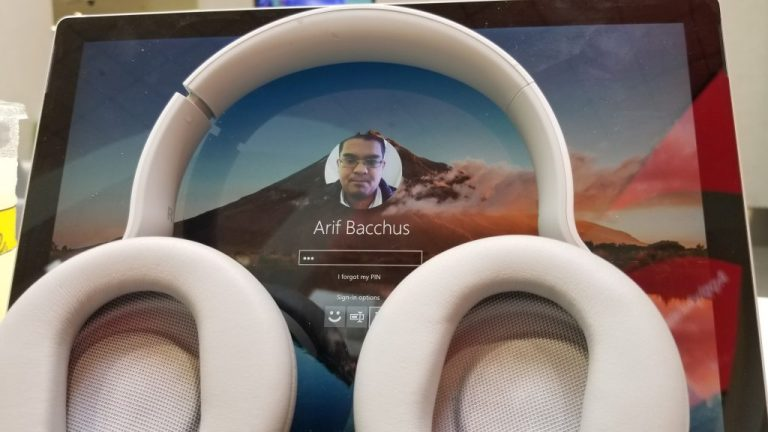 Surface Headphones with Surface Pro 4