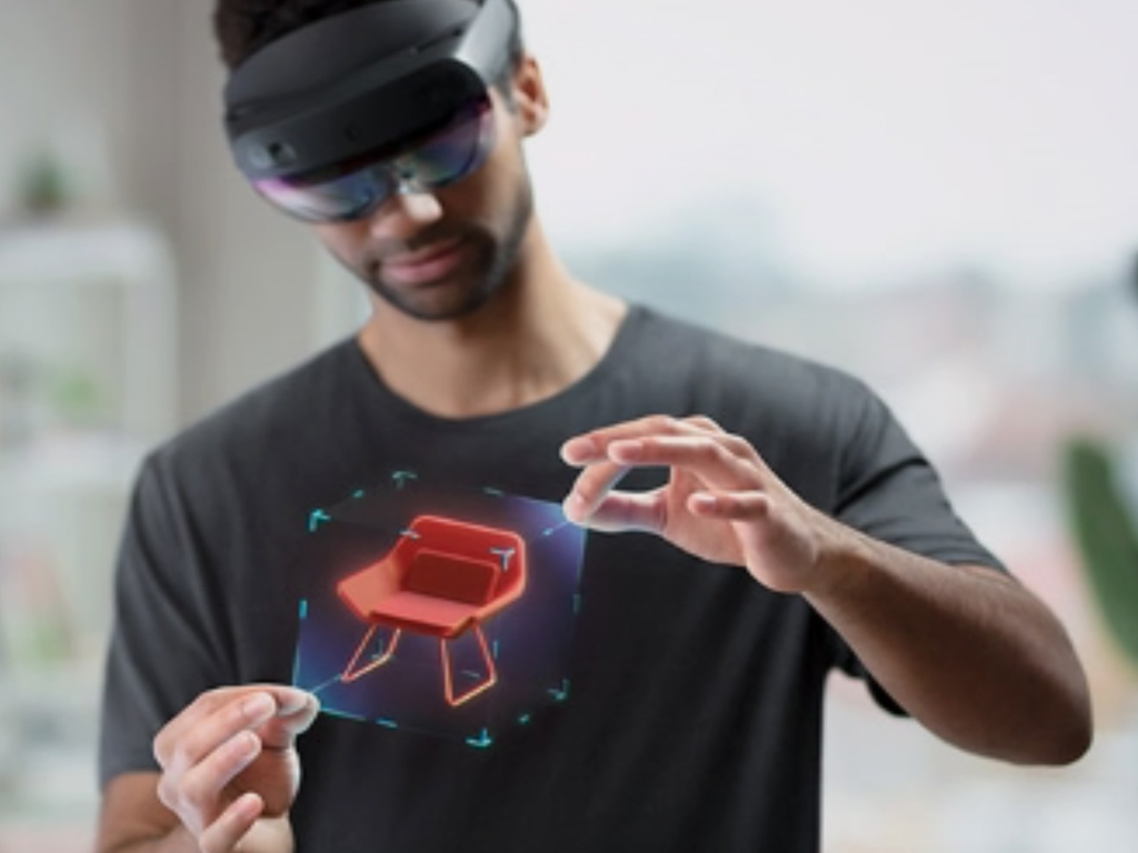 Microsoft's HoloLens 2 going on sale in September 2019