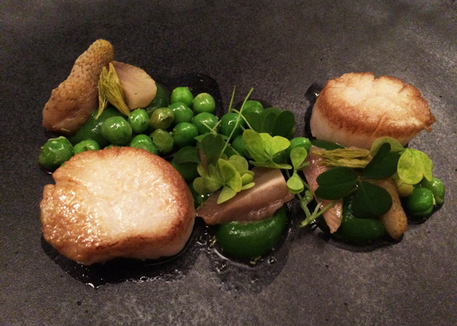 Budapest - A starter from Mak - scallops with pickled strawberries and sweet peas