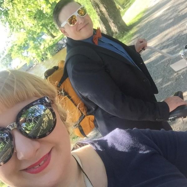 Pyörällä naimisiin