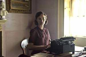 Les-heures-sombres-Lily-James