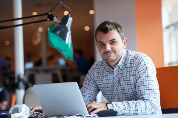 Man taking Microsoft Project training