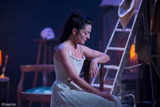 Silvia ( Marie-Pierre Nouveau)