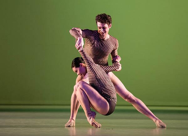 Alice Revanand et Joshua Hoffalt