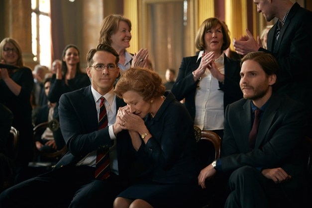 (L-R) Ryan Reynolds, Helen Mirren, and Daniel Bruhl stars in WOMAN IN GOLD