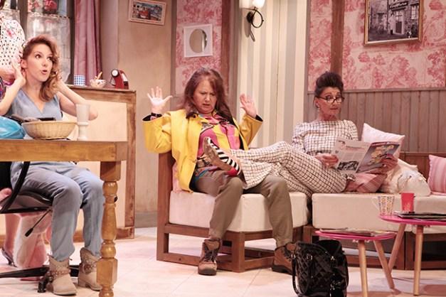 IMG_3087 Léa François, Brigitte Faure et Isabelle Tanakil COIFFURE ET CONFIDENCES ©Franck Harscouët.