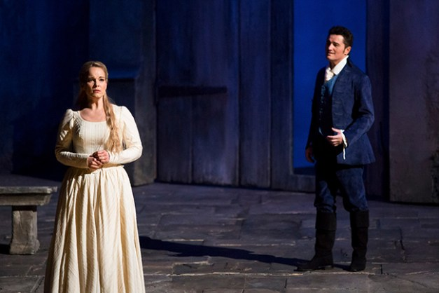Emilie_Brouchon___Opera_national_de_Paris-2015-16-WERTH-106-1600