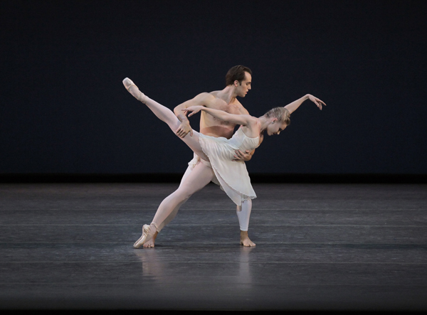 Jared Angle and Sara Mearns in Barber Violin Concerto Choreography by Peter Martins New York City Ballet Credit Photo: Paul Kolnik studio@paulkolnik.com nyc 212-362-7778