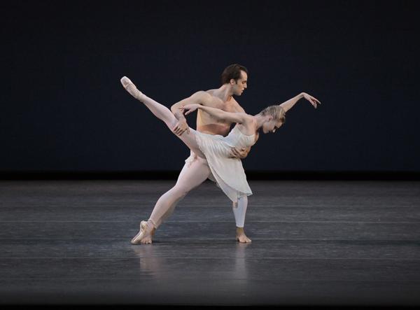 Jared Angle and Sara Mearns in Barber Violin Concerto Choreography by Peter Martins New York City Ballet Credit Photo: Paul Kolnik studio@paulkolnik.com nyc 212-362-7778