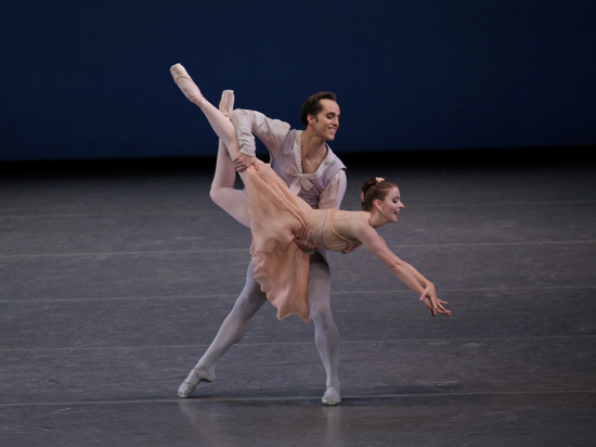 Abi Stafford and Jared Angle in Tschaikovsky Pas de Deux Choreography George Balanchine © The George Balanchine Trust New York City Ballet Credit Photo: Paul Kolnik studio@paulkolnik.com nyc 212-362-7778