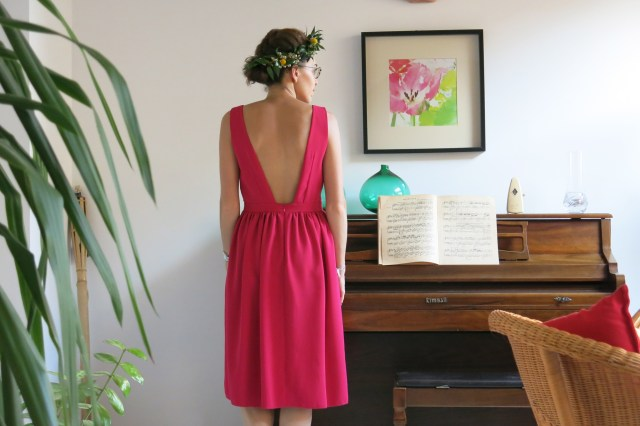 robe framboise - faux cache-coeur - on sunday mornings
