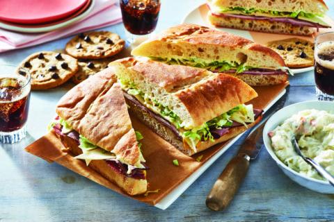 sandwiches salad