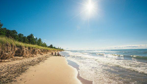 Beaches Ontario' Blue Coast
