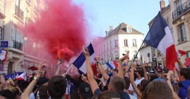 Compiègne s'embrase à la victoire des Bleus