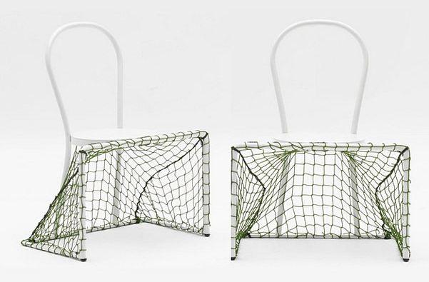 كرسي مع مرمى لكرة القدم 2