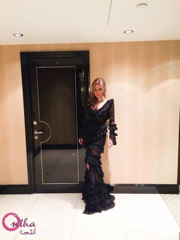 نيكول سابا و فساتينها السوداء الجميلة خلال جلسة التصوير الأخيرة (2)