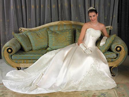 تاريخ فستان الزفاف