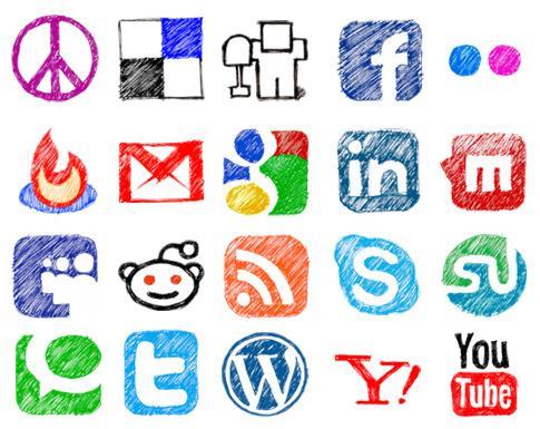 الدكتورة آل غالب: تنتقد طرائف وسائل التواصل الاجتماعي