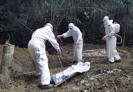 ضحايا الإيبولا يتجاوزون ال5000 حالة وفاه (3)
