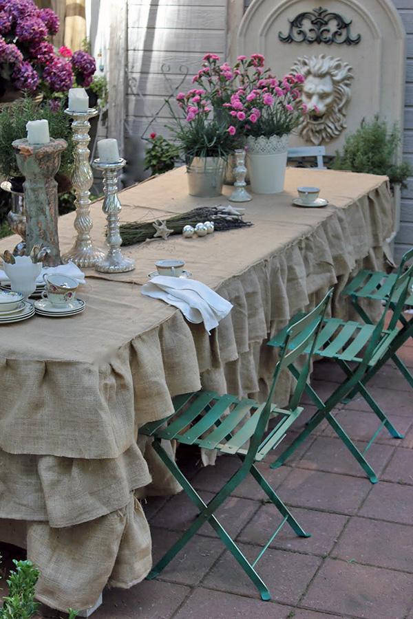 غطاء طاولة السفرة