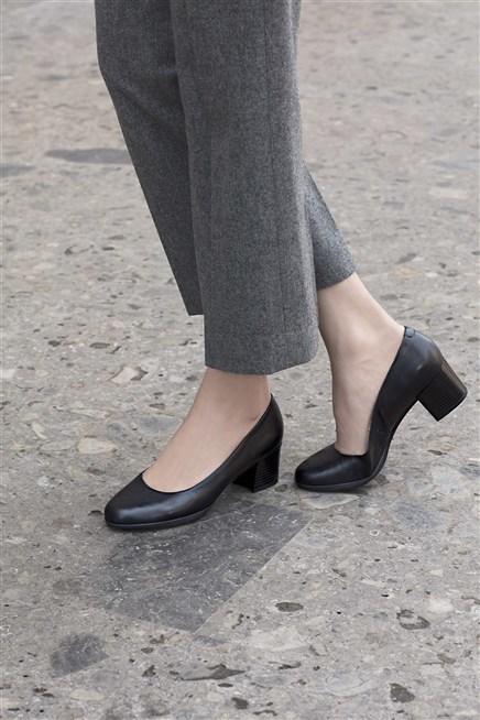 كوني جميلة وبأسلوب أنيق مع أحذية GEOX العالمية لفصل الشتاء