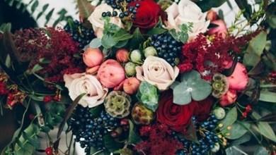 الباقات الأنيقة عنصر أساسي في ابراز جمال أطلالتك يوم الزفاف وخاصة في فصل الشتاء حيث الالوان الجميلة