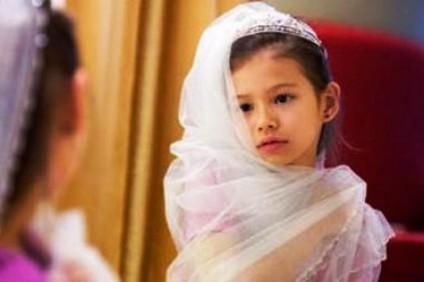 السعودية تضع ضوابط لوقف المتاجرة بزواج الفتيات