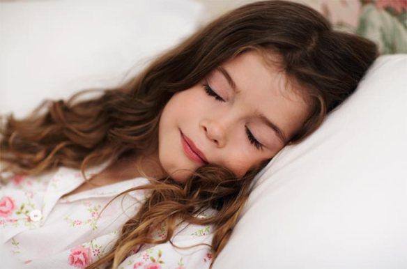 هل لغذاءك علاقة بفترات نومك؟