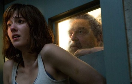 John Goodman and Mary Elizabeth Winstead in 10 Cloverfield Lane (2016)