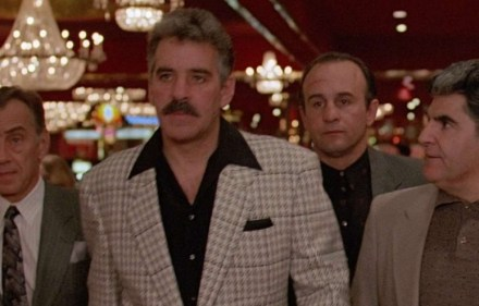 Midnight Run (Dennis Farina, centre)