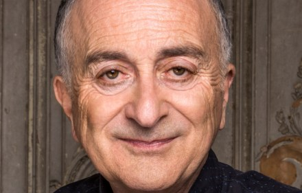 Preview – Tony Robinson's Time Travels