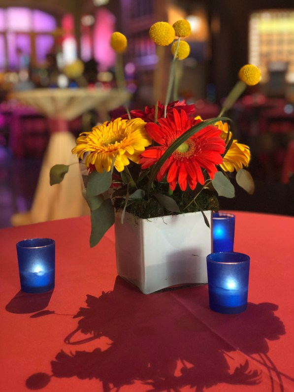 floral centerpiece at corporate event chicago