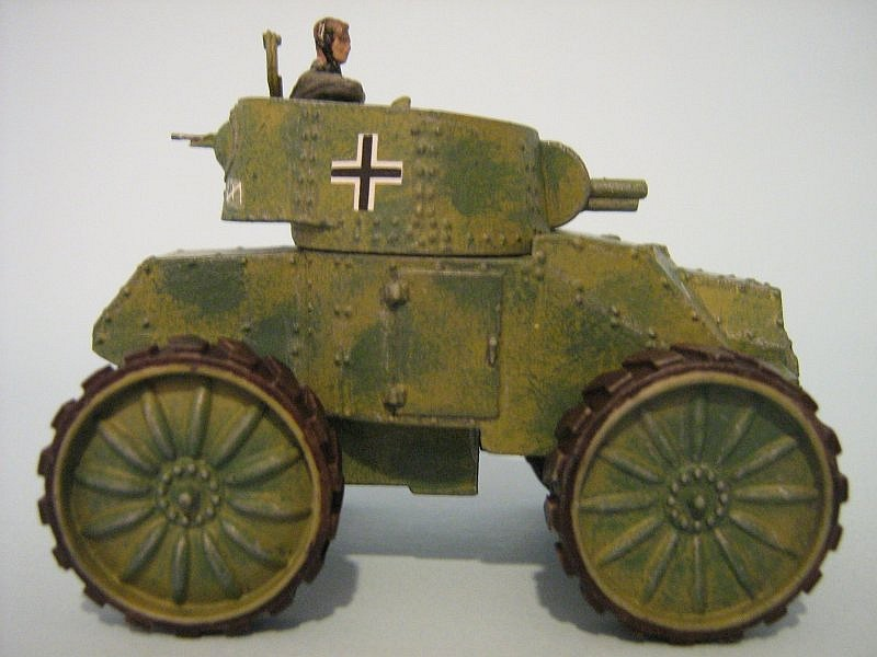 Tony Ivey 172nd Scale Den Bels Fiat Ansaldo Armoured Car