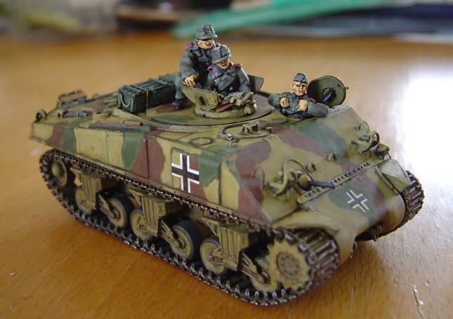 Yekta Destlund 172nd Scale Dragon M4A2 Sherman