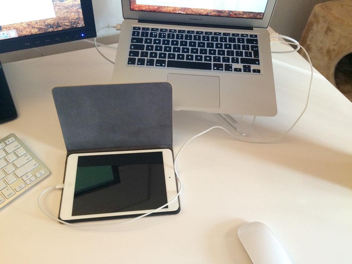 Charging an iPad Mini