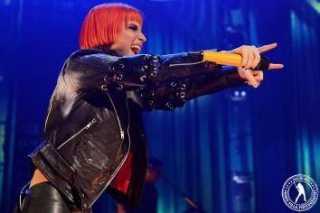 Paramore (Verizon Theater, Grand Prairie, TX) 10/26/13 // James Villa Photography