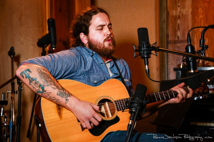 EXCLUSIVE SESSIONS:John Earle Mainord at Big Acre // Photo by Ronnie Jackson