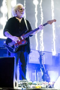 Robert Smith - The Cure (AAC - Dallas, TX) 5/1516 ©2016 James Villa Photography, All Rights Reserved
