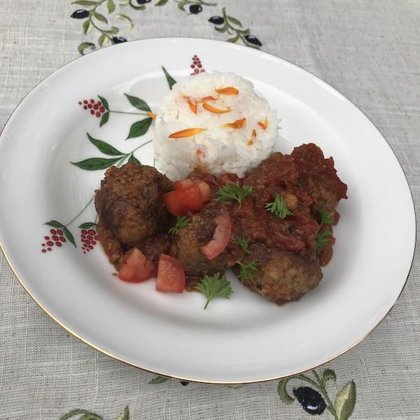 Griekse gehaktballetjes in tomatensaus (soutzoukakia)