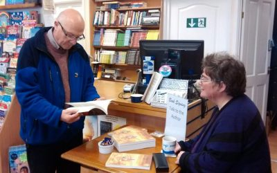 Author of Christmas Bestseller meets with readers at local bookshop