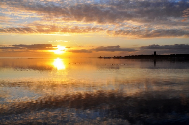 Fantastische zonsondergang op Terschelling  onweeronlinenl
