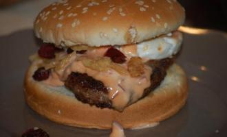 Frenchstylebroodjehamburger.jpg