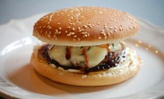 Broodjehamburger.jpg