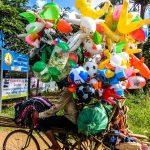 Ballons Seller Kampong Cham photo Ooaworld