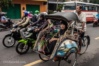 Photo Becak Jogja Indonesia Ooaworld