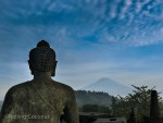 Photo Borobodur Buddha Statue Mountain View Yogyakarta Indonesia Ooaworld
