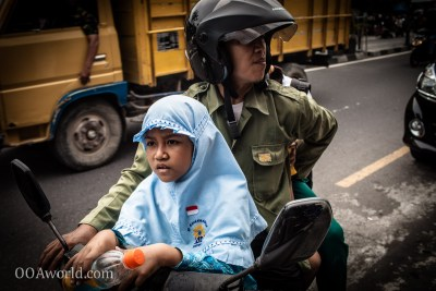 Photo Going to School Yogyakarta Indonesia Ooaworld